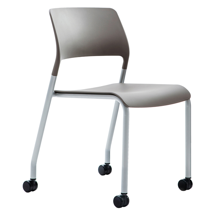 Verco Muse chair with castors